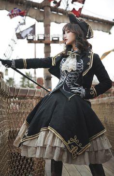 AOWlolita -The Dead Pirate- Lolita Set,Lolita Dresses, Gothic Mode, Gothic Lolita, Lolita Fashion, Gothic Fashion, Pirate Fashion, Lolita Mode, Lolita Style, Photographie Portrait Inspiration, Inspiration Mode