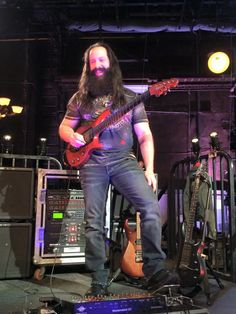 John Petrucci warming up right now for our debut That Metal Show taping tonight!