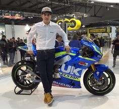 """Nuevos colores de la New colours of the GSX-RR Vinales, Suzuki Motorcycle, Racing Motorcycles, Motogp, Future Car, Cool Bikes, Handsome Boys, Grand Prix, Motorbikes"