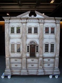 Boekenkast poppenhuis - Arcade Antiek & Interieur