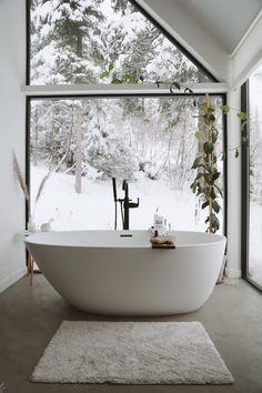 Camas Queen Size, Wet Style, Camas King, Design Salon, Ski Chalet, Relaxing Day, Floor To Ceiling Windows, Decoration Design, Scandinavian Home