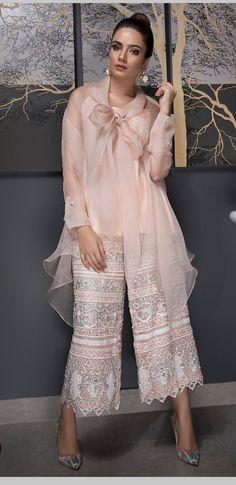 Womens Dress Clothes Near Me Pakistani Fashion Casual, Pakistani Dress Design, Pakistani Outfits, Muslim Fashion, Indian Fashion, Indian Outfits, Designer Party Wear Dresses, Indian Designer Outfits, Stylish Dresses
