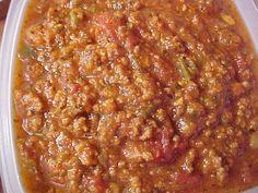 la table de Viviane : Sauce à spaghetti Viviane Spaghetti Sauce, Mayonnaise, Gravy, Chili, Nom Nom, Food And Drink, Pasta, Cooking, Table