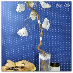 Tortenspitzen-Blüten am Zweig http://inesfelix-kreativ.blogspot.com/2015/06/tortenspitzen-bluten-am-zweig.html