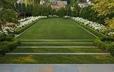 lawn and hedges. lawn and hedges. Landscaping With Rocks, Backyard Landscaping, Formal Gardens, Outdoor Gardens, Classic Garden, Family Garden, Garden Landscape Design, White Gardens, Private Garden