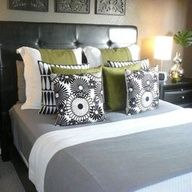 green + gray bedroom, my living room is currently green and gray. Olive Bedroom, Gray Bedroom, Home Bedroom, Modern Bedroom, Bedroom Decor, Bedroom Ideas, Bedroom Photos, Master Bedrooms, Bedroom Interiors