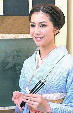 2005-12-13 - あけび vs まつたけ