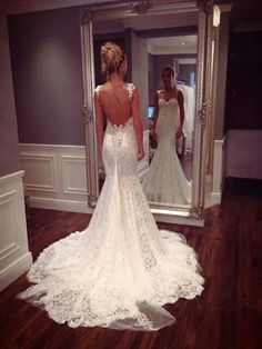 Love the back of this dress. Have such a weak spot for lace <3