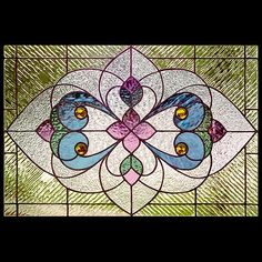 Many styles of stained glass patterns. Victorian transom designs and Victorian stained glass window patterns for artisans of all skill levels. Modern Stained Glass, Making Stained Glass, Tiffany Stained Glass, Faux Stained Glass, Tiffany Glass, Stained Glass Ornaments, Stained Glass Birds, Stained Glass Christmas, Stained Glass Patterns