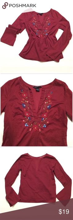 """🎈SALE🎈 Abercrombie & Fitch Blouse Size medium. Smaller fit so could fit a size small as well. Bust approx 36"""" length approx 23"""" arm length approx 24.5"""". 💯 % cotton Abercrombie & Fitch Tops Blouses"""