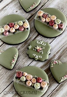 (^o^) C is for Cookie (^o^) ~ country shabby chic floral cookies Shabby Chic Cookies, Fancy Cookies, Vintage Cookies, Iced Cookies, Cute Cookies, Easter Cookies, Cupcake Cookies, Sugar Cookies, Christmas Cookies