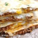 Cheesy Ground Beef Quesadillas – 5 Boys Baker Simple, no-fuss Quesadillas that are slightly crispy, totally cheesy and amazingly delicious! These Cheesy Ground Beef Quesadillas are fantastic! Mexican Dishes, Mexican Food Recipes, Dinner Recipes, Ground Beef Recipes Mexican, Ground Beef Recipes Simple, Ground Beef Dinner Ideas, Quick Ground Beef Meals, Lunch Recipes, Healthy Mexican Food