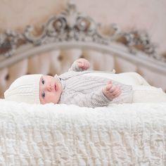 Ravelry: Jakke, bukse, lue pattern by Anne-Kirsti Espenes Baby Layette, Baby Wearing, Bassinet, Booklet, Baby Knitting, Ravelry, North America, Toddler Bed, Children