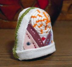 Korea Traditional Quilting Sewing White Kyeongsangdo Thimble.  It is available not only sewing but accessary.