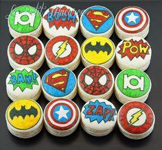super hero macarons Le Petit Macaron
