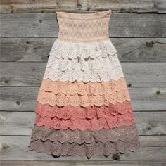 I love eyelet cotton! I need this dress.