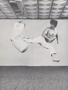 Jumping Spinning Back Kick Jump spin back kick