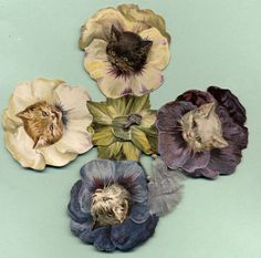 """Victorian Christmas 4 Leaf """"Wee Pussies"""" Fan, Cats Faces in Pansies, Published by Nister"""