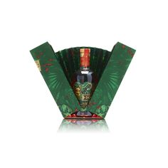 Check out our pack for Don Papa Masskara! It features a removable fan that opens with the pack, mimicking the look of a peacock's tail. GPA Luxury Packaging Beverage Packaging, Bottle Packaging, Food Packaging, Don Papa, Luxury Packaging, Packaging Solutions, Package Design, Rum, Peacock