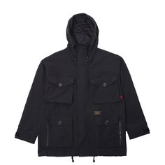 Beautifully crafted new Parasmock Jacket from the one and only Wtaps. The military inspired jacket features durable premium nylon/cotton construction, multiple multi-entry utility pockets, hidden front zip closure with velcro fastening storm flap, adjustable wire-framed drawstring hood, plus Wtaps' signature branding throughout.