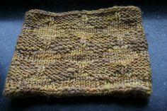 ": Lace Cowl ""April showers"" Free pattern generously shared by Orianna Eklund (Ravelry)- Thank you ! Lace Knitting, Knitting Patterns, Knit Crochet, Lucet, April Showers, Ravelry, Stitch Patterns, Tatting, Free Pattern"