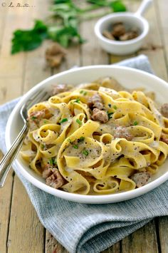 Italian Dishes, Italian Recipes, Beef Bourguignon, Weird Food, Gnocchi, Spaghetti, Good Food, Food Porn, Food And Drink