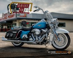Harley Davidson - Road King Classic have a 2005 but this 2011 looks really nice.