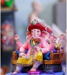 A good listener is as effective as a good talker. With two large ears, Ganesha exemplifies this message. Jai Ganesh, Ganesh Lord, Ganesh Idol, Shree Ganesh, Ganesha Art, Ganesha Tattoo, Lord Shiva, Ganesha Pictures, Ganesh Images