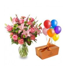 We provide you excellent Customer Service, Same day Shipping, lowest price in Dubai and we have huge collection. Order now for Birthday Gifts delivery in Dubai - We have Flowers, Birthday Cakes, Chocolates and more. Birthday Gift Delivery, Birthday Gifts, Birthday Packages, Dubai, Place Cards, Place Card Holders, Flowers, Collection, Birthday Presents