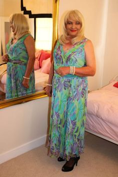 Beautiful Suzanne from the Dressing Services for cross dressers.