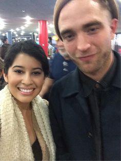 11Nov14 ~ fan pic at Newark Liberty International Airport  {EWR to LAX}
