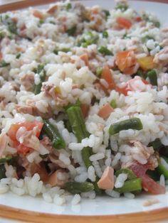 L'insalata di riso e' anche un piatto molto popolare a Ferragosto.