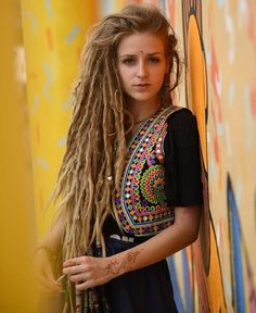 Little long for my taste but these dreads are so thick and beautiful Cute Dreads, Pretty Dreads, Dreadlocks Girl, Beautiful Dreadlocks, Synthetic Dreadlocks, Locs, Dreadlock Hairstyles, Twist Hairstyles, Pretty Hairstyles