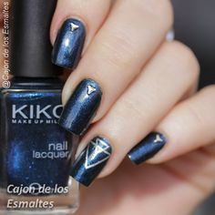 Nail art - Art deco stamping Blue and Silver (scheduled via…