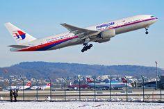 A Malaysia Airwaysin Boeing 777 kuten joka kaatui Itä Ukrainassa 17. heinäkuuta 2014. (Kuva: Aero Icarus Zürichistä, Sveitsi)