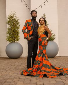 This is a custom made piece and measurement is required. It can also be made in different on request. Process time is Order includes *Men Suit set *Women dress African Traditional Wedding Dress, Traditional African Clothing, African Wedding Dress, African Dress, Cute Ponytail Hairstyles, Cute Ponytails, Ghanian Wedding, Couples African Outfits, Gold Outfit