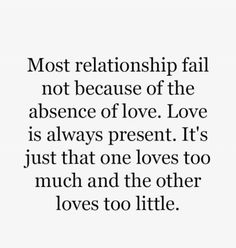 Love is the most unique and powerful thing in this world, let her know how much you love her using these inspiring love quotes and crush sayings love quotes cortas Quotable Quotes, True Quotes, Love Quotes For Him, Quotes To Live By, Sweet Quotes, Truth Hurts, True Words, Friendship Quotes, In This World