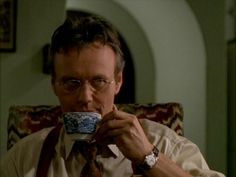Roles grupales D16919f564a63dac1c35c0f6f4727e59--anthony-head-drinking-tea