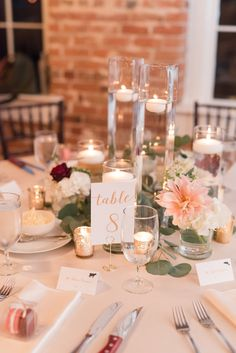 25 best round table centerpieces images fall decorating fall rh pinterest com
