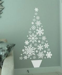Snowflakes in a shape of a tree - Alternative Christmas Tree