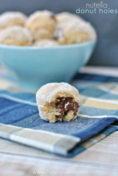 Nutella Stuffed Donut Holes: bite sized sugar coated donut holes filled with nutella!