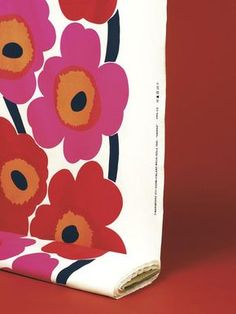 MARIMEKKO UNIKKO RED, WHITE COTTON FABRIC 1/4 YD