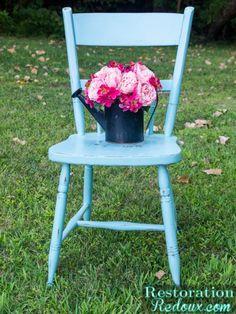 Plaster Painted Kitchen Chair http://www.restorationredoux.com/?p=9388