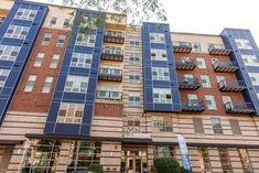 1910 on Water is nestled in the chic Lower East Side neighborhood of Downtown Milwaukee. Situated along the banks of the Milwaukee River, you can enjoy a short walk to Brady Street and experience an array of dining options, unique shops, and vibrant nightlife. #1910onWater #WI #Apartments #FindYourHome