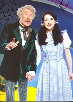 """Michael Crawford in """"Wizard of OZ"""" London 2011 New Wizard Of Oz, Tv Funny, Land Of Oz, Phantom Of The Opera, The Wiz, Man Humor, Musicals, Broadway, Entertainment"""