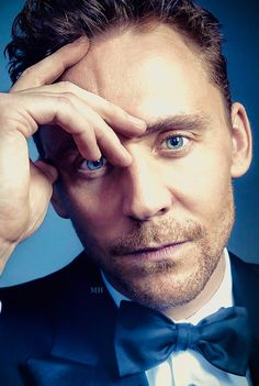Tom Hiddleston edit by magnus-hiddleston.tumblr http://maryxglz.tumblr.com/post/153136977807/magnus-hiddleston-x