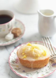 Low FODMAP & Gluten free Recipe -  Lemon drizzle muffins