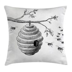 Außen-Kissenhülle Bernt Ebern Designs Größe: 50 cm H x 50 cm B #AußenKissenhülle #Bernt #designs #Ebern #Große #throwpillowcovers Outdoor Throw Pillows, Accent Pillows, Bee Painting, Thing 1, Throw Pillow Sets, Velvet Pillows, Decorative Cushions, How To Draw Hands, Office Playroom