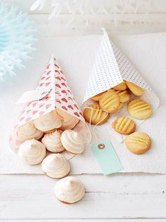 Vanille - Plätzchen, ein raffiniertes Rezept aus der Kategorie Kekse & Plätzchen. Bewertungen: 274. Durchschnitt: Ø 4,3.