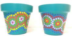 Turquoise. Hand painted flowerpots. Macetas pintadas a mano. Facebook: A'cha Pots. achapots@hotmail.com